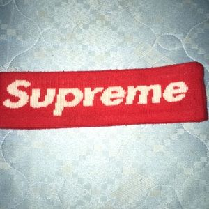 Supreme headband (1 size fits all)